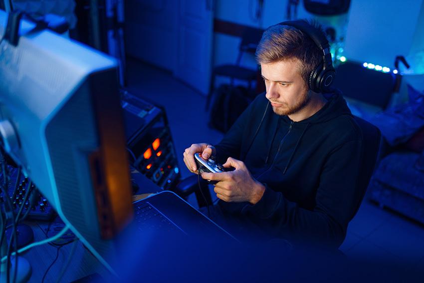 Teclado y ratón vs mandos y joysticks